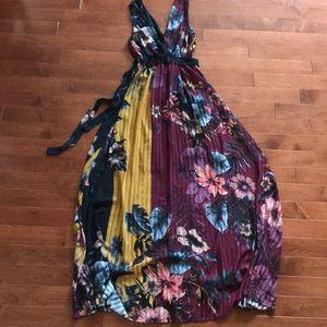 Dresses & Skirts - Fall coloured maxi dress